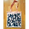 UNA BESTIA INCONTROLABLE - Tote Bag